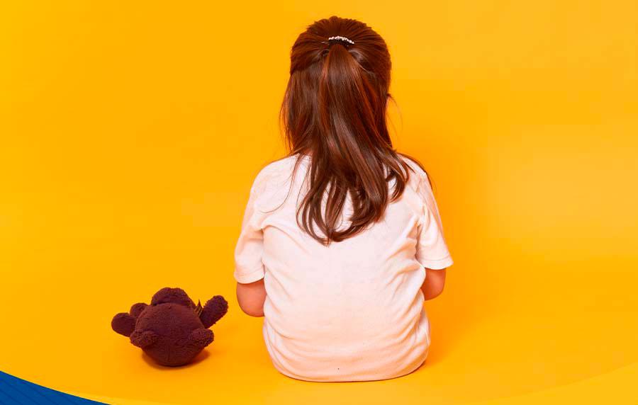 Pai pode ser obrigado a indenizar filho por abandono afetivo. Conheça situações de negligência e abandono que geram indenização